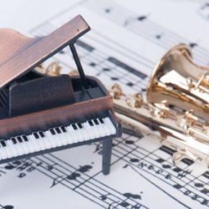 ピアノと楽器